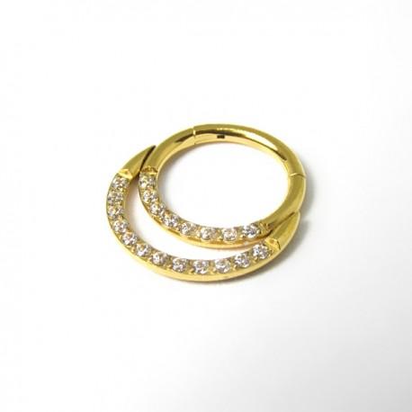 Piercing Daith ou Septo Argolinha Clicker Meia Lua Dourada Toda Cravejada - PVD Gold 100% em Titânio - 6ORE614